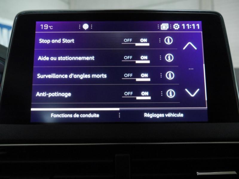 Photo 15 de l'offre de PEUGEOT 3008 1.5 BLUEHDI 130CH E6.C GT LINE S&S EAT8 à 32900€ chez Automobiles 25