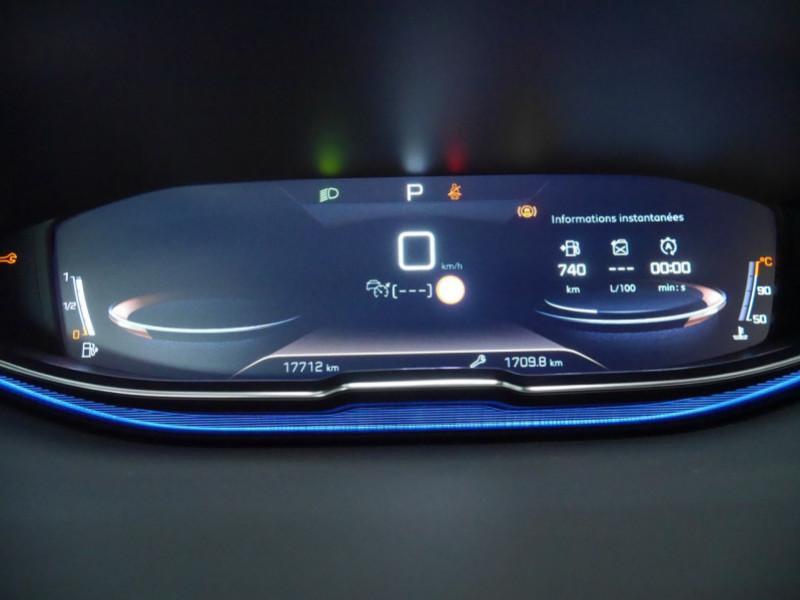 Photo 7 de l'offre de PEUGEOT 3008 1.5 BLUEHDI 130CH E6.C GT LINE S&S EAT8 à 32900€ chez Automobiles 25