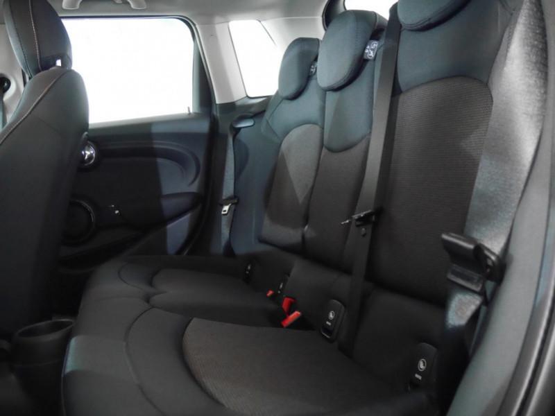 Photo 5 de l'offre de MINI MINI 5 PORTES COOPER 136CH  CHILI BVA7 - 18 % à 26695€ chez Automobiles 25