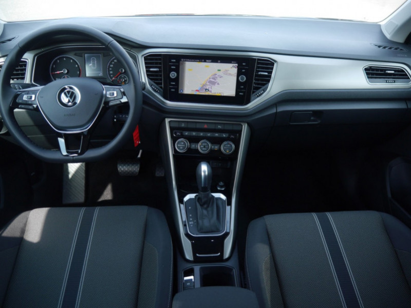 Photo 4 de l'offre de VOLKSWAGEN T-ROC 1.5 TSI EVO 150CH LOUNGE DSG7 S&S -7% à 34695€ chez Automobiles 25