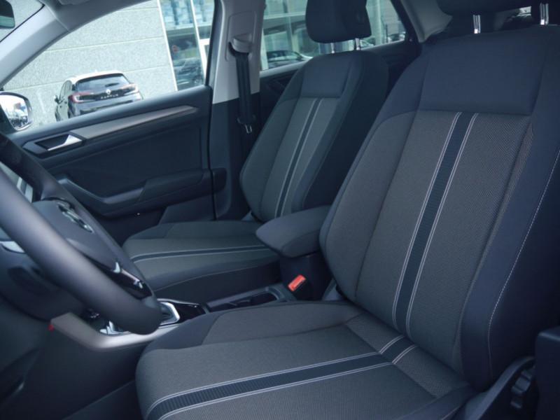 Photo 5 de l'offre de VOLKSWAGEN T-ROC 1.5 TSI EVO 150CH LOUNGE DSG7 S&S -7% à 34695€ chez Automobiles 25