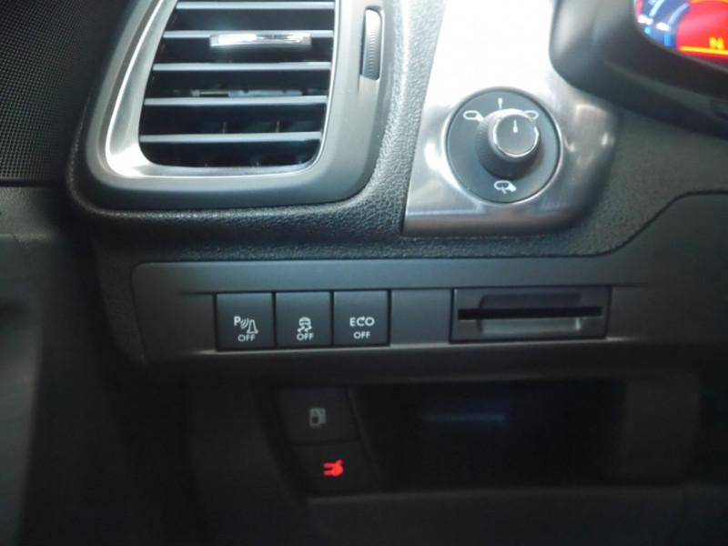 Photo 5 de l'offre de CITROEN DS5 HYBRID4 SPORT CHIC ETG6 à 15990€ chez Automobiles 25