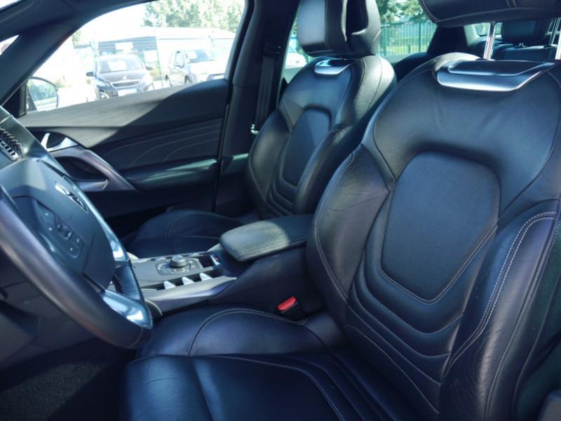 Photo 22 de l'offre de CITROEN DS5 HYBRID4 SPORT CHIC ETG6 à 15990€ chez Automobiles 25