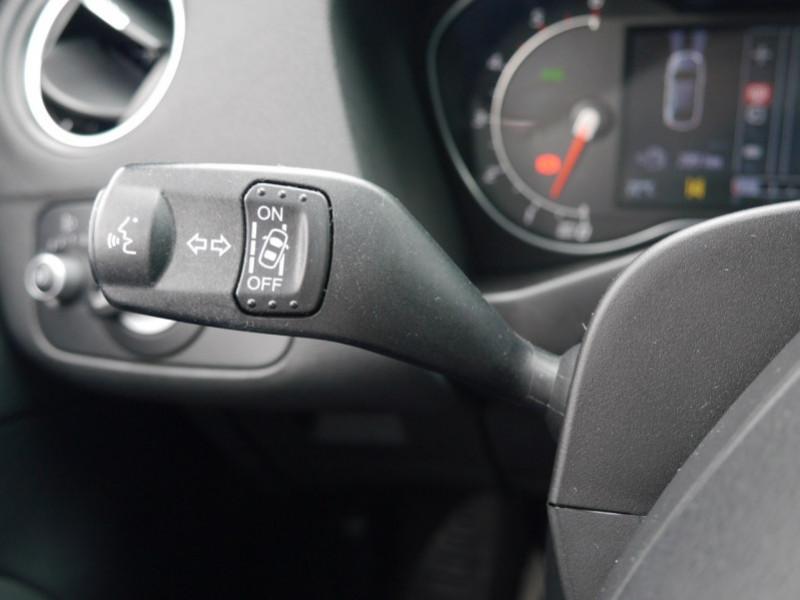 Photo 15 de l'offre de FORD MONDEO 2.0 TDCI 140CH FAP TITANIUM 5P à 8480€ chez Automobiles 25