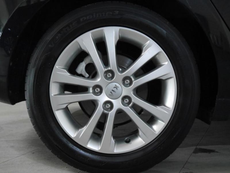 Photo 16 de l'offre de KIA CEE'D 1.4 100CH STYLE ISG à 8990€ chez Automobiles 25