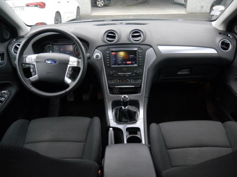 Photo 3 de l'offre de FORD MONDEO 2.0 TDCI 140CH FAP TITANIUM 5P à 8480€ chez Automobiles 25
