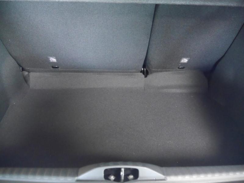 Photo 19 de l'offre de CITROEN C3 1.2 PURETECH 110CH S&S FEEL PACK 124G - 8 % à 18495€ chez Automobiles 25