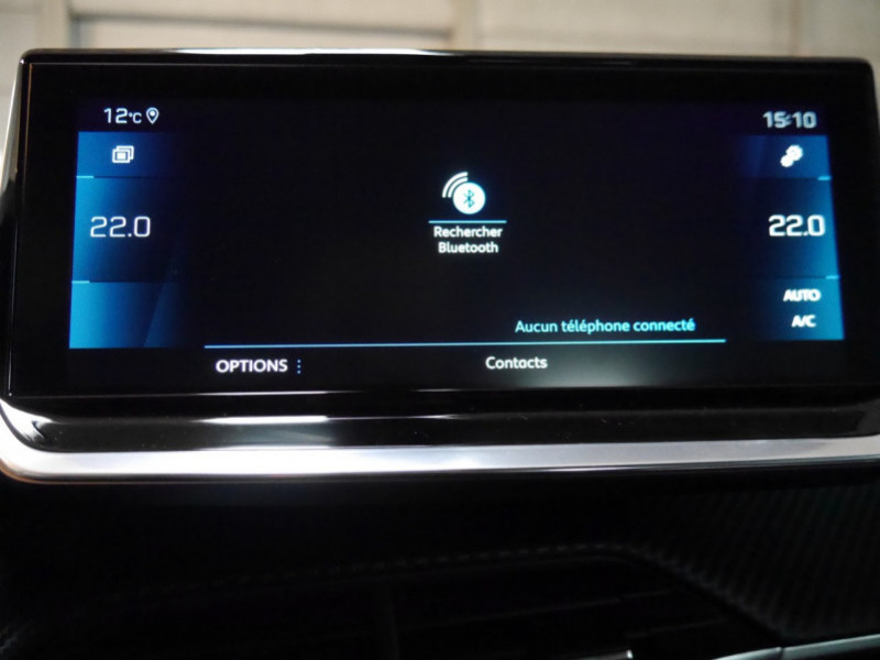 Photo 10 de l'offre de PEUGEOT 2008 1.5 BLUEHDI 130CH S&S GT EAT8 -6% à 32995€ chez Automobiles 25