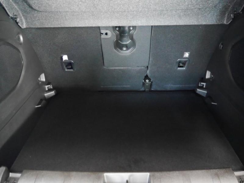 Photo 22 de l'offre de JEEP RENEGADE 1.3 GSE T4 150CH LIMITED BVR6 -14% à 28995€ chez Automobiles 25