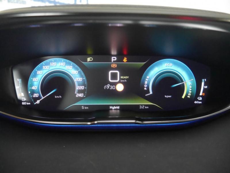 Photo 7 de l'offre de PEUGEOT 3008 HYBRID 225CH ALLURE E-EAT8 10CV -19% à 37995€ chez Automobiles 25