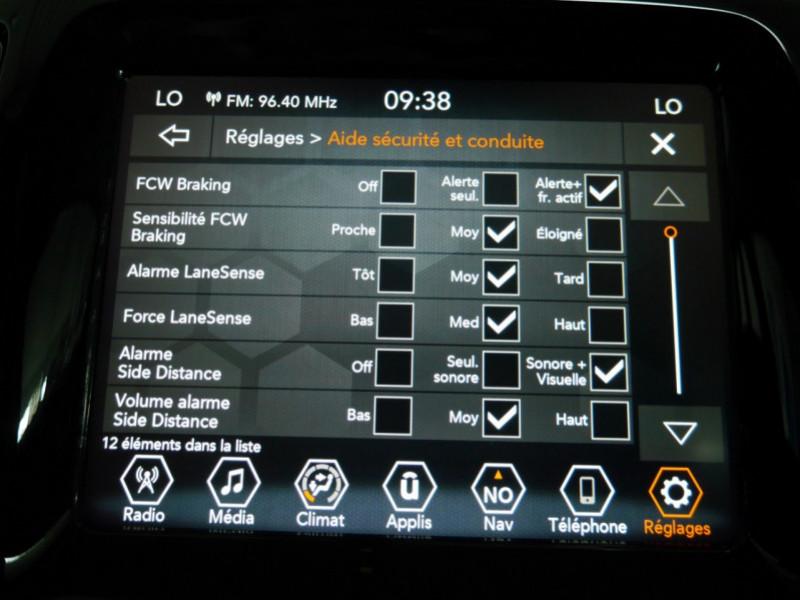Photo 14 de l'offre de JEEP COMPASS 1.3 GSE T4 150CH LIMITED 4X2 BVR6 - 16 % à 32495€ chez Automobiles 25