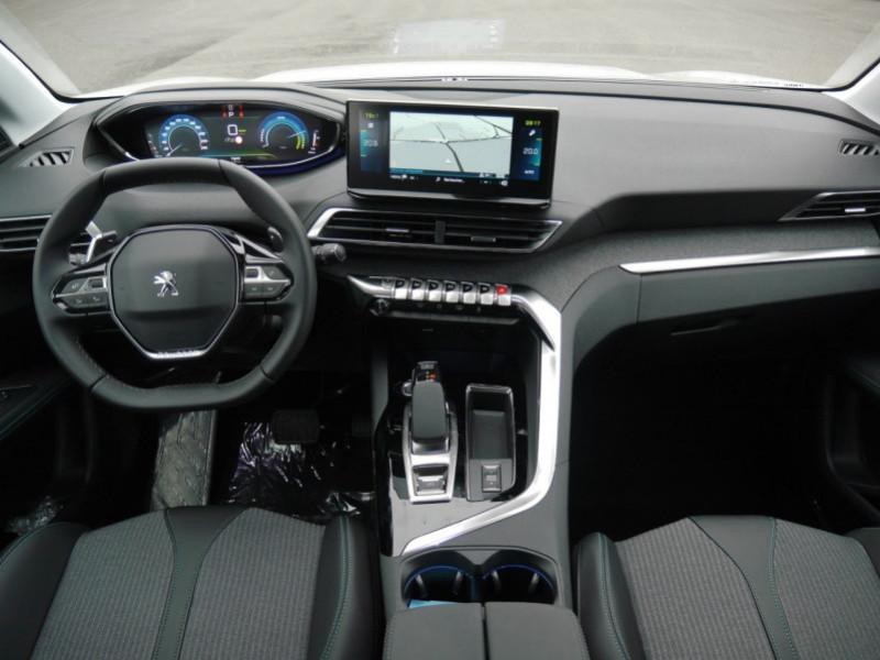 Photo 3 de l'offre de PEUGEOT 3008 HYBRID 225CH ALLURE E-EAT8 10CV -19% à 37995€ chez Automobiles 25