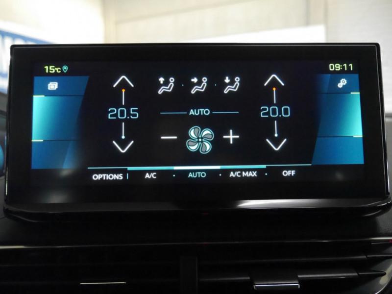 Photo 10 de l'offre de PEUGEOT 3008 HYBRID 225CH ALLURE E-EAT8 10CV -19% à 37995€ chez Automobiles 25