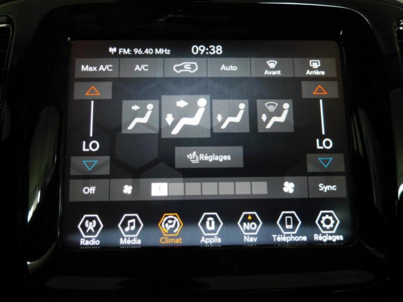 Photo 10 de l'offre de JEEP COMPASS 1.3 GSE T4 150CH LIMITED 4X2 BVR6 - 16 % à 32495€ chez Automobiles 25