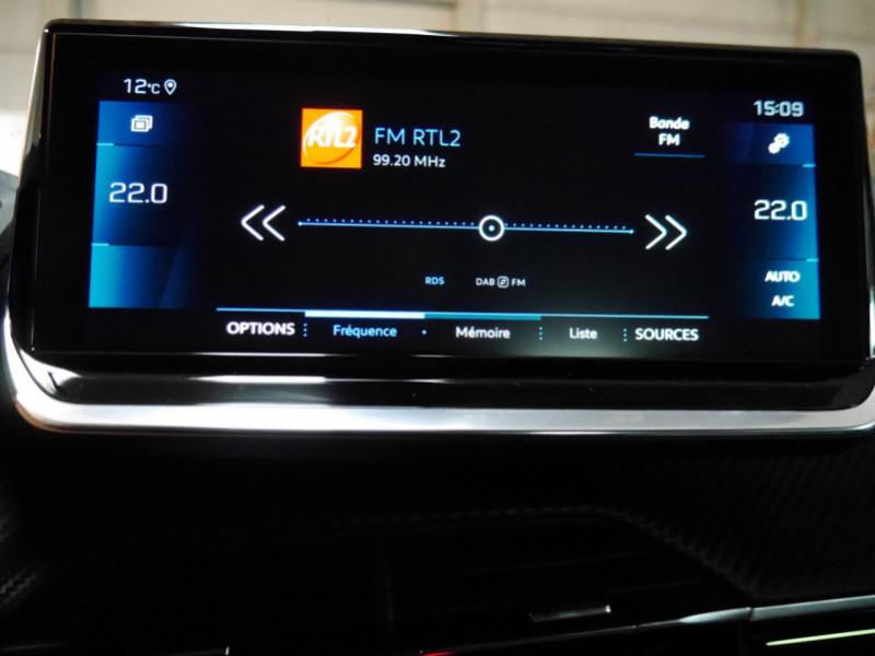 Photo 9 de l'offre de PEUGEOT 2008 1.5 BLUEHDI 130CH S&S GT EAT8 -6% à 32995€ chez Automobiles 25