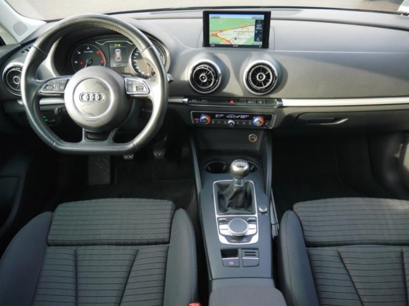Photo 3 de l'offre de AUDI A3 SPORTBACK 2.0 TDI 150CH FAP AMBITION à 16900€ chez Automobiles 25