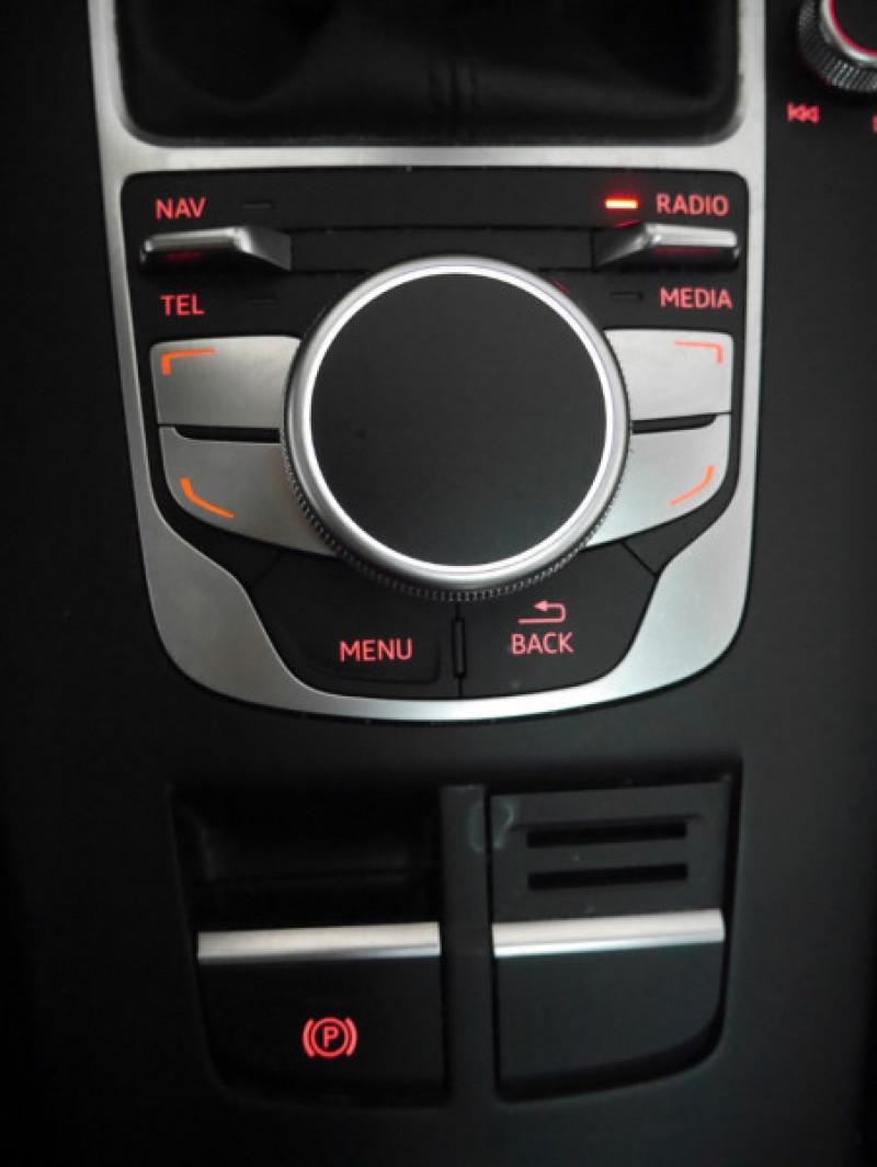 Photo 9 de l'offre de AUDI A3 SPORTBACK 2.0 TDI 150CH FAP AMBITION à 16900€ chez Automobiles 25