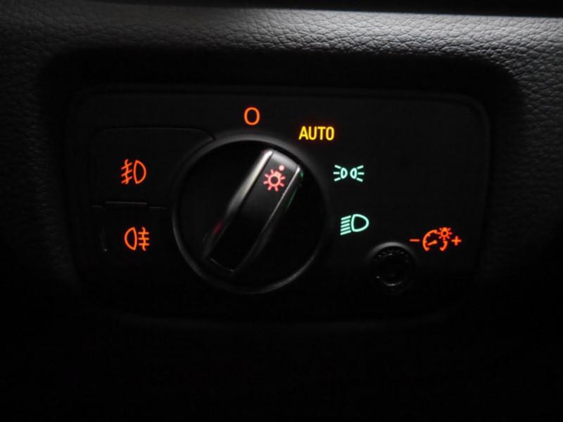 Photo 20 de l'offre de AUDI A3 SPORTBACK 2.0 TDI 150CH FAP AMBITION à 16900€ chez Automobiles 25