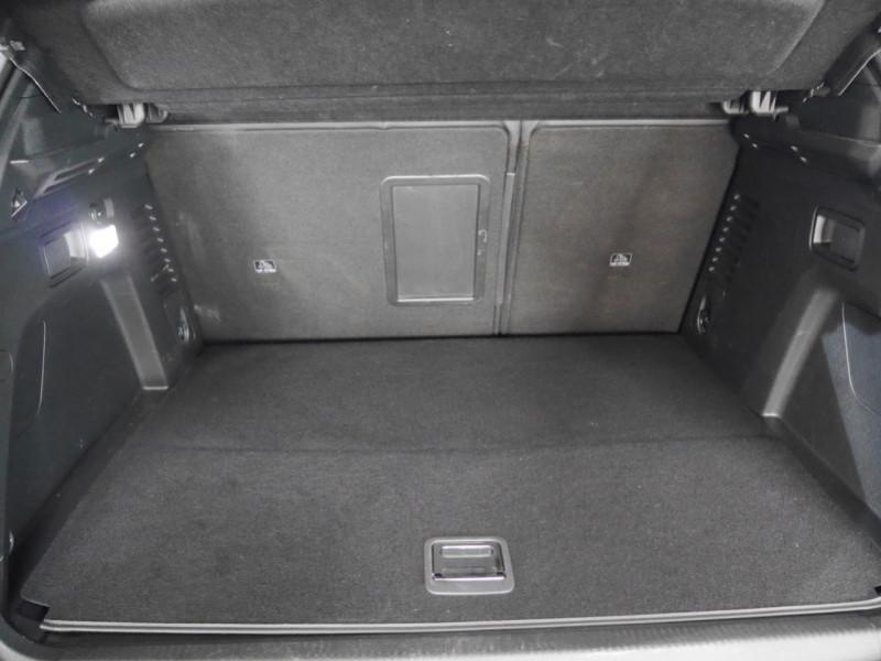 Photo 26 de l'offre de PEUGEOT 3008 HYBRID4 300CH GT E-EAT8 à 41590€ chez Automobiles 25
