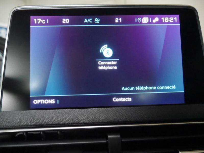 Photo 10 de l'offre de PEUGEOT 3008 HYBRID4 300CH GT E-EAT8 à 41590€ chez Automobiles 25