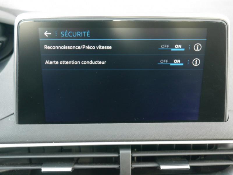 Photo 11 de l'offre de PEUGEOT 3008 1.6 BLUEHDI 115CH ACTIVE S&S à 22900€ chez Automobiles 25