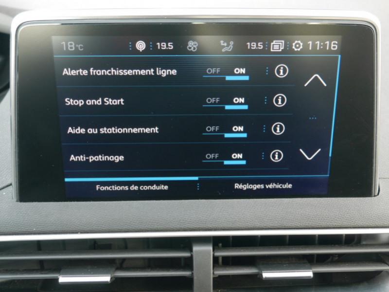 Photo 10 de l'offre de PEUGEOT 3008 1.6 BLUEHDI 115CH ACTIVE S&S à 22900€ chez Automobiles 25