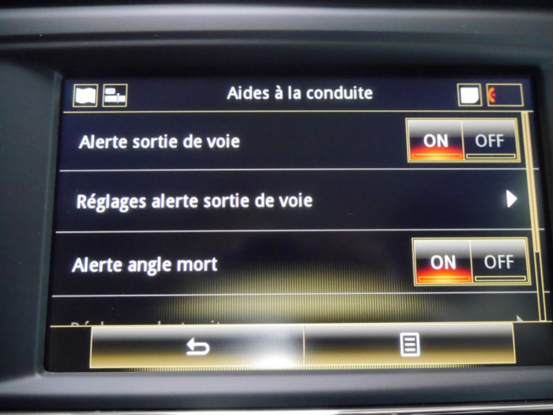 Photo 14 de l'offre de RENAULT KADJAR 1.3 TCE 140CH FAP INTENS à 20990€ chez Automobiles 25
