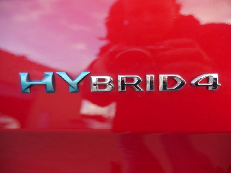 Photo 28 de l'offre de PEUGEOT 3008 HYBRID4 300CH GT E-EAT8 à 41590€ chez Automobiles 25