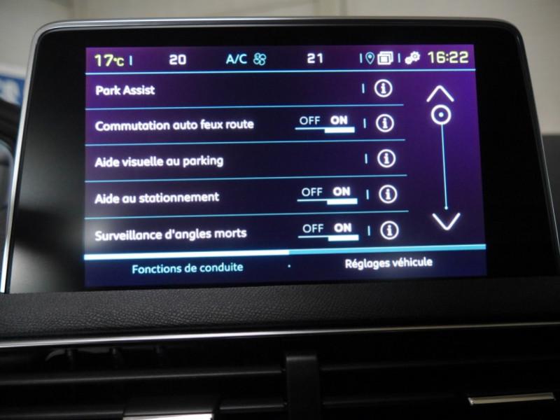 Photo 14 de l'offre de PEUGEOT 3008 HYBRID4 300CH GT E-EAT8 à 41590€ chez Automobiles 25