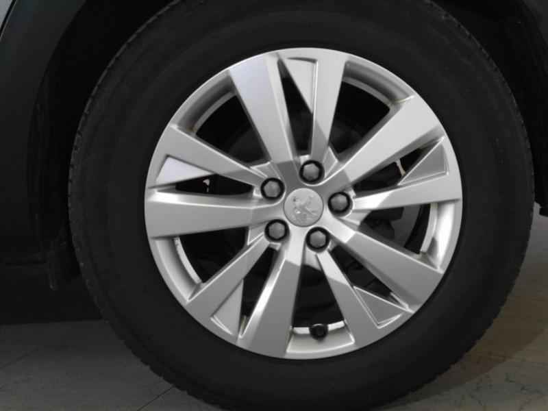 Photo 16 de l'offre de PEUGEOT 3008 1.6 BLUEHDI 115CH ACTIVE S&S à 22900€ chez Automobiles 25