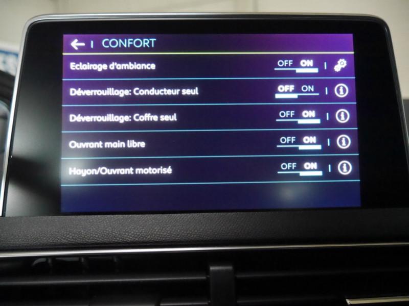 Photo 16 de l'offre de PEUGEOT 3008 HYBRID4 300CH GT E-EAT8 à 41590€ chez Automobiles 25