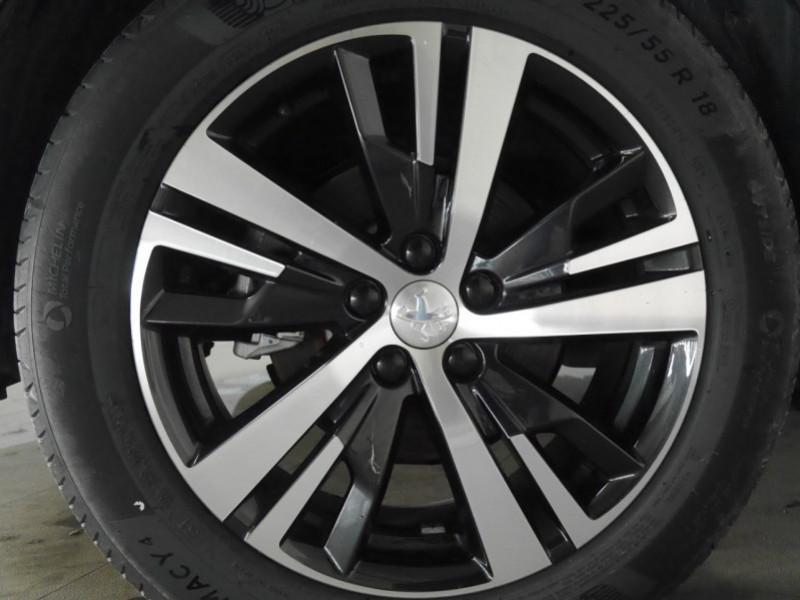 Photo 29 de l'offre de PEUGEOT 3008 HYBRID4 300CH GT E-EAT8 à 41590€ chez Automobiles 25
