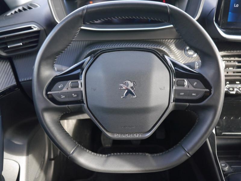 Photo 6 de l'offre de PEUGEOT 2008 1.2 PURETECH 100CH S&S ALLURE 5CV à 21900€ chez Automobiles 25