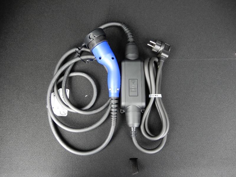 Photo 28 de l'offre de SUZUKI Across 2.5 Hybride Rechargeable à 44800€ chez Garage Bazin