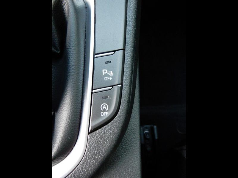 Photo 13 de l'offre de HYUNDAI i30 1.0 T-GDi 120ch Edition Mondial à 12990€ chez Garage Bazin