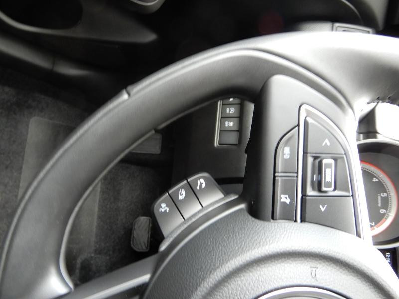 Photo 9 de l'offre de SUZUKI Swift 1.2 Dualjet Hybrid 83ch Pack à 14850€ chez Garage Bazin