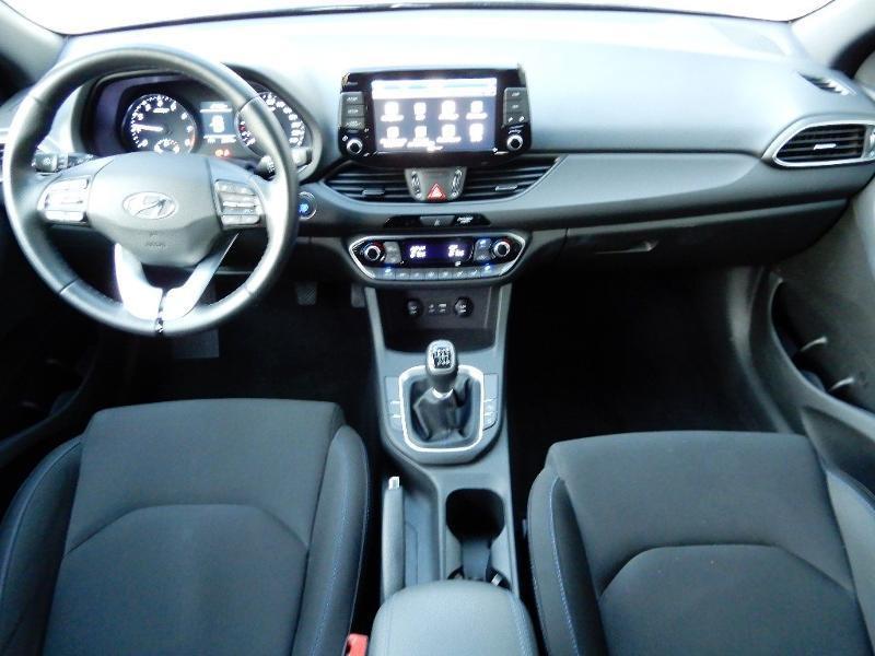 Photo 4 de l'offre de HYUNDAI i30 1.0 T-GDi 120ch Edition Mondial à 12990€ chez Garage Bazin