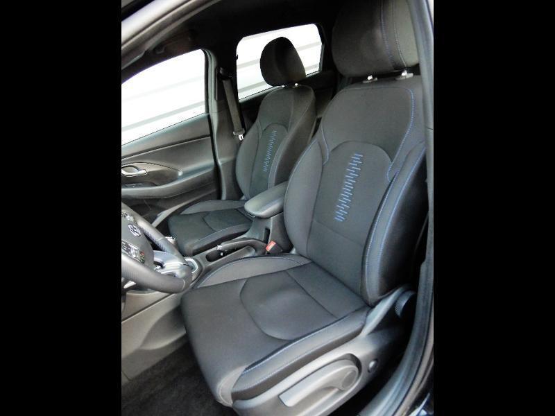 Photo 14 de l'offre de HYUNDAI i30 1.0 T-GDi 120ch Edition Mondial à 12990€ chez Garage Bazin