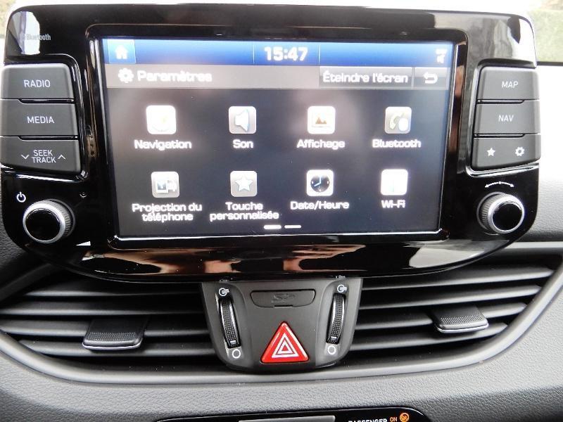 Photo 9 de l'offre de HYUNDAI i30 1.0 T-GDi 120ch Edition Mondial à 12990€ chez Garage Bazin