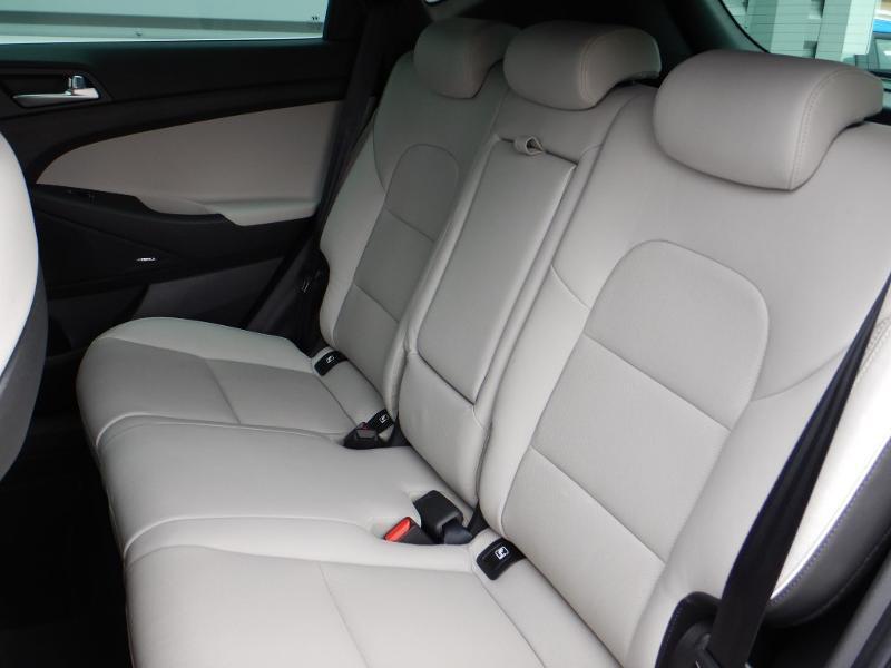 Photo 24 de l'offre de HYUNDAI Tucson 1.6 CRDI 136ch hybrid 48V Executive DCT-7 Euro6d-Evap à 30990€ chez Garage Bazin