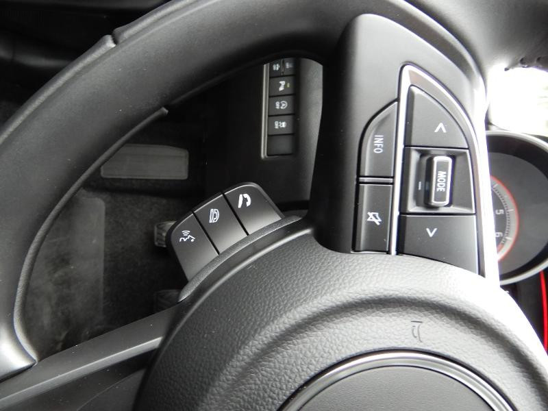 Photo 9 de l'offre de SUZUKI Swift 1.2 Dualjet Hybrid 83ch Pack à 15580€ chez Garage Bazin