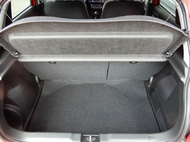 Photo 22 de l'offre de SUZUKI Swift 1.2 Dualjet Hybrid 83ch Pack à 14850€ chez Garage Bazin