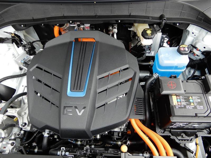 Photo 21 de l'offre de HYUNDAI Kona Electric 136ch Intuitive Euro6d-T EVAP 2cv à 22250€ chez Garage Bazin