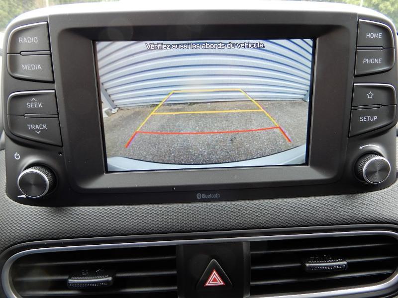Photo 11 de l'offre de HYUNDAI Kona Electric 136ch Intuitive Euro6d-T EVAP 2cv à 22250€ chez Garage Bazin