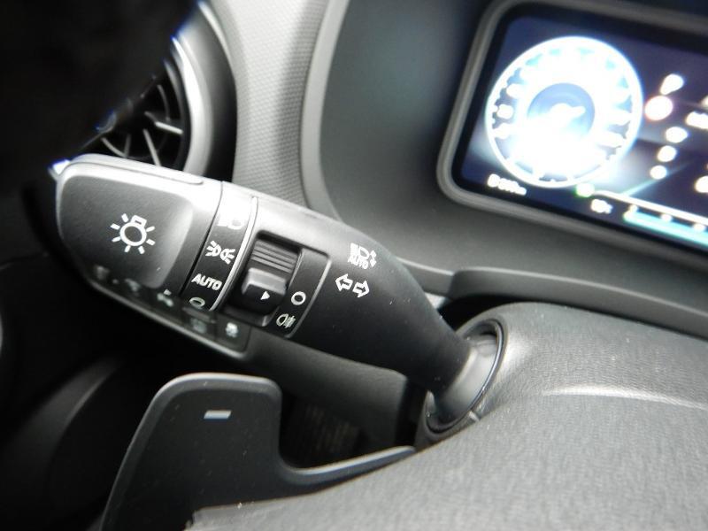 Photo 12 de l'offre de HYUNDAI Kona 1.6 GDi hybrid 141ch Executive DCT-6 à 28990€ chez Garage Bazin