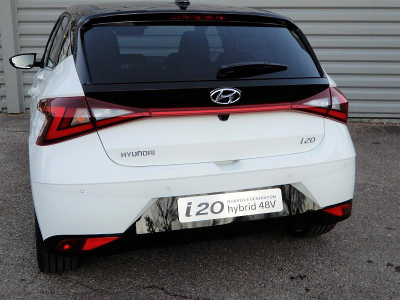 Photo 4 de l'offre de HYUNDAI i20 1.0 T-GDi 100ch Creative hybrid à 18990€ chez Garage Bazin