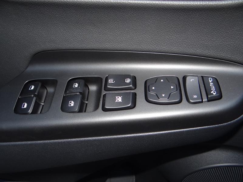 Photo 5 de l'offre de HYUNDAI Kona Electric 204ch Executive Style Euro6d-T EVAP 3cv à 31780€ chez Garage Bazin