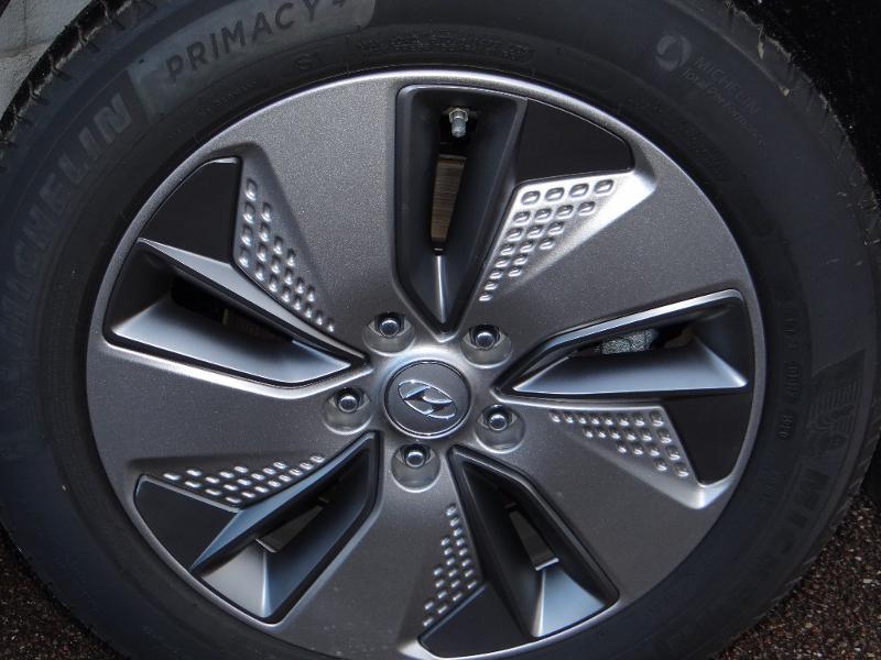 Photo 25 de l'offre de HYUNDAI Kona Electric 204ch Executive Style Euro6d-T EVAP 3cv à 31780€ chez Garage Bazin