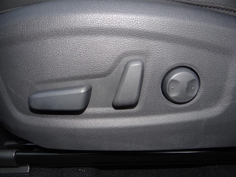 Photo 20 de l'offre de HYUNDAI Kona Electric 204ch Executive Style Euro6d-T EVAP 3cv à 31780€ chez Garage Bazin