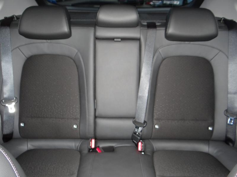 Photo 21 de l'offre de HYUNDAI Kona Electric 204ch Executive Style Euro6d-T EVAP 3cv à 31780€ chez Garage Bazin